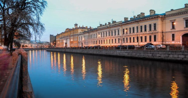 St Petersburg sightseeing Fontanka River