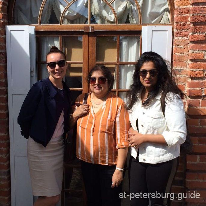 St Petersburg tourists from India