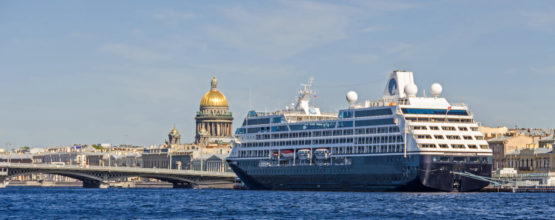 cruise liner st petersburg