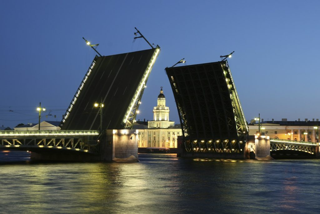 Opening bridges in St Petersburg