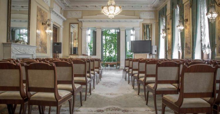Hall in the mansion of Matilda Kshesinskaya