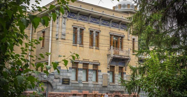 Street view on the mansion of Matilda Kshesinksaya