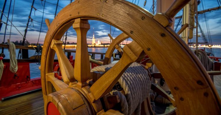 Steering wheel of Poltava battleship. Photo by Andrey Sheremetev